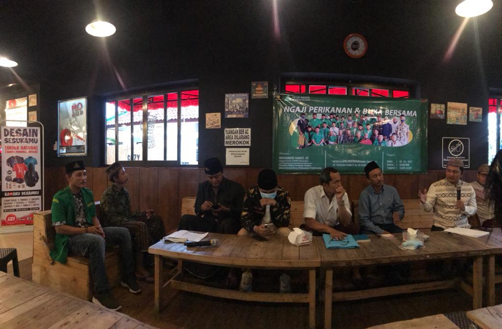 Edukasi Pemuda Nelayan, Ansor Branta Pesisir Gandeng Eksekutif dan Legislatif Pamekasan Bicara Prihal Tangkap Ikan
