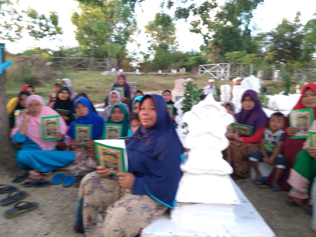 Khotmil Quran dan Ziarah Maqbarah